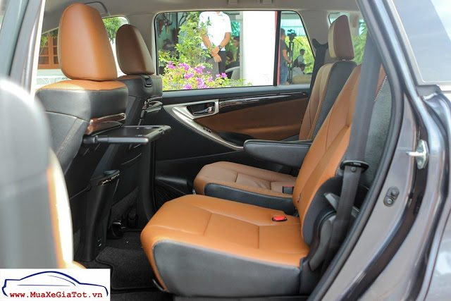 Gia Xe Toyota Innova 2016 20V 9