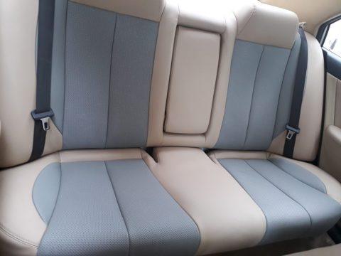 bọc ghế da xe ô tô