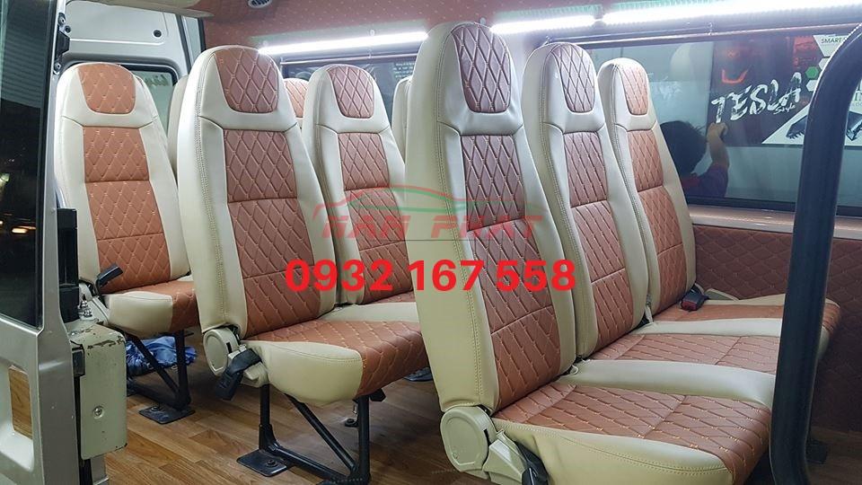 bọc ghế da Ford Transit