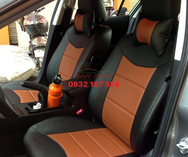 Bọc ghế da cho Mazda 2