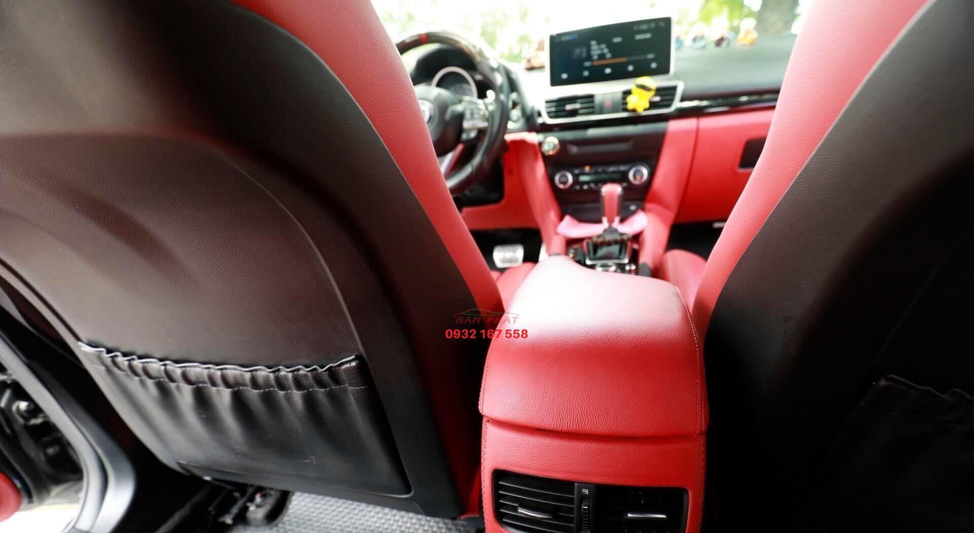 Tựa tay BMW 320i