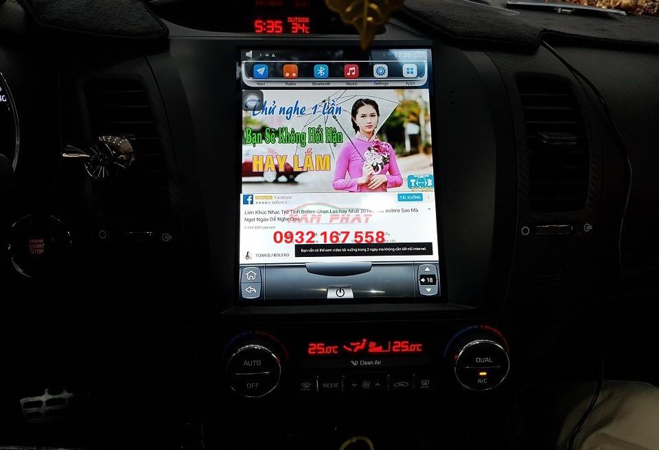 lắp màn hình android tesla cho Kia cerato
