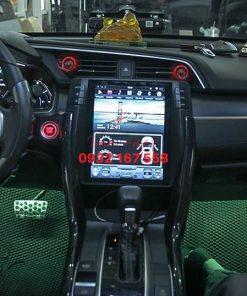 Lắp màn hình Tesla cho Honda Civic
