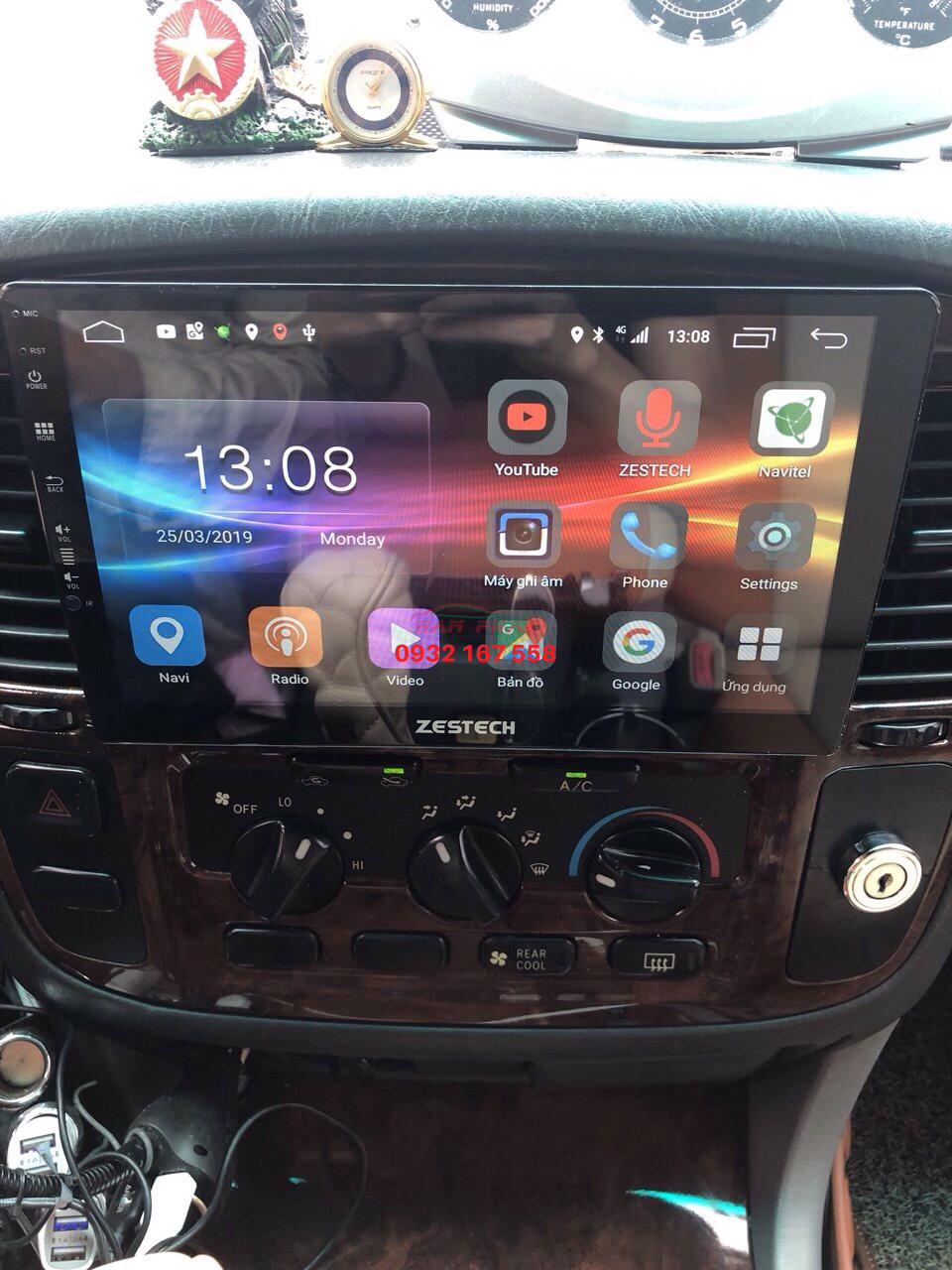Lắp màn hình Android cho Toyota Land Cruiser