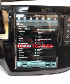 Lắp màn hình Tesla cho Mitsubishi Outlander
