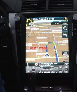 Lắp màn hình Tesla cho Toyota Camry
