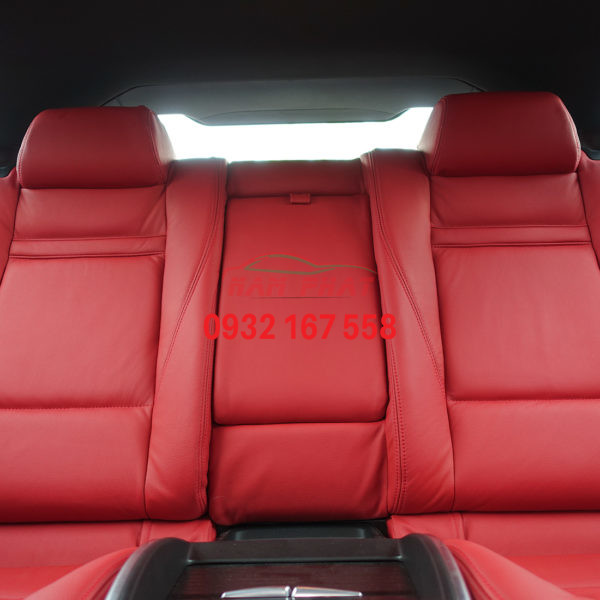 BMW X6 Back row straight on. jpg 600x600 1