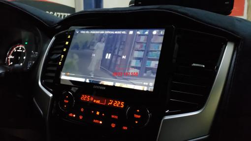 Màn hình Zestech cho Mitsubishi Triton
