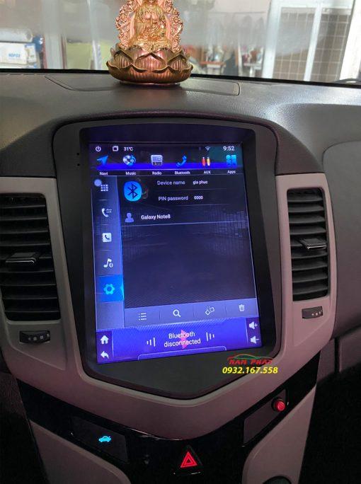 Màn hình Tesla cho Toyota Land Cruiser