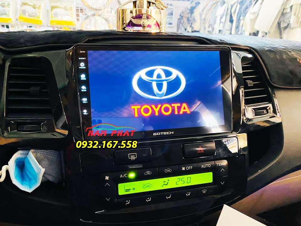 Lắp màn hình liền camera 360 Gotech GT360 Plus cho ô tô