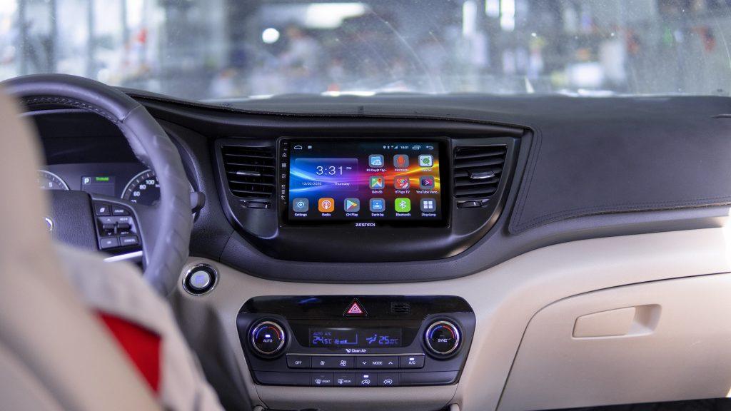 Man-hinh-android-lap-tren-xe-Hyundai-Tucson